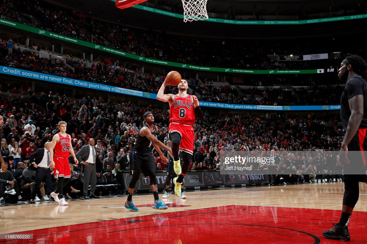 Zach Lavine (31 PTS, 4 3PM) hits the go-ahead lay-up as the @ChicagoBulls take the home win against the @LAClippers!  #ClipperNation 106 #BullsNation 109  Thaddeus Young: 17 PTS Denzel Valentine: 16 PTS, 4 REB, 4 3PM Wendell Carter Jr.: 14 PTS, 7 REB, 4 BLK  #NBA