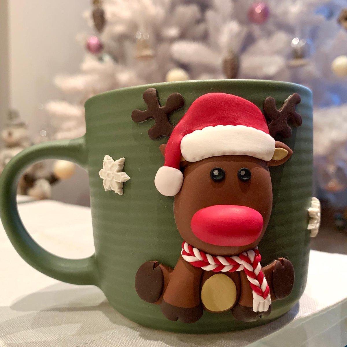 Taza #Rudolph #rudolphtherednosedreindeer realizada con arcilla polimerica #fimo