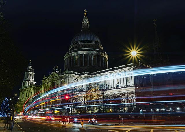 Learning Lowlight photography .. #longexposure #fujifilm_xseries #stpaulscathedral #london @rawexposurecc  #morepractice https://ift.tt/2Engj4o pic.twitter.com/GwK7JdtUGq