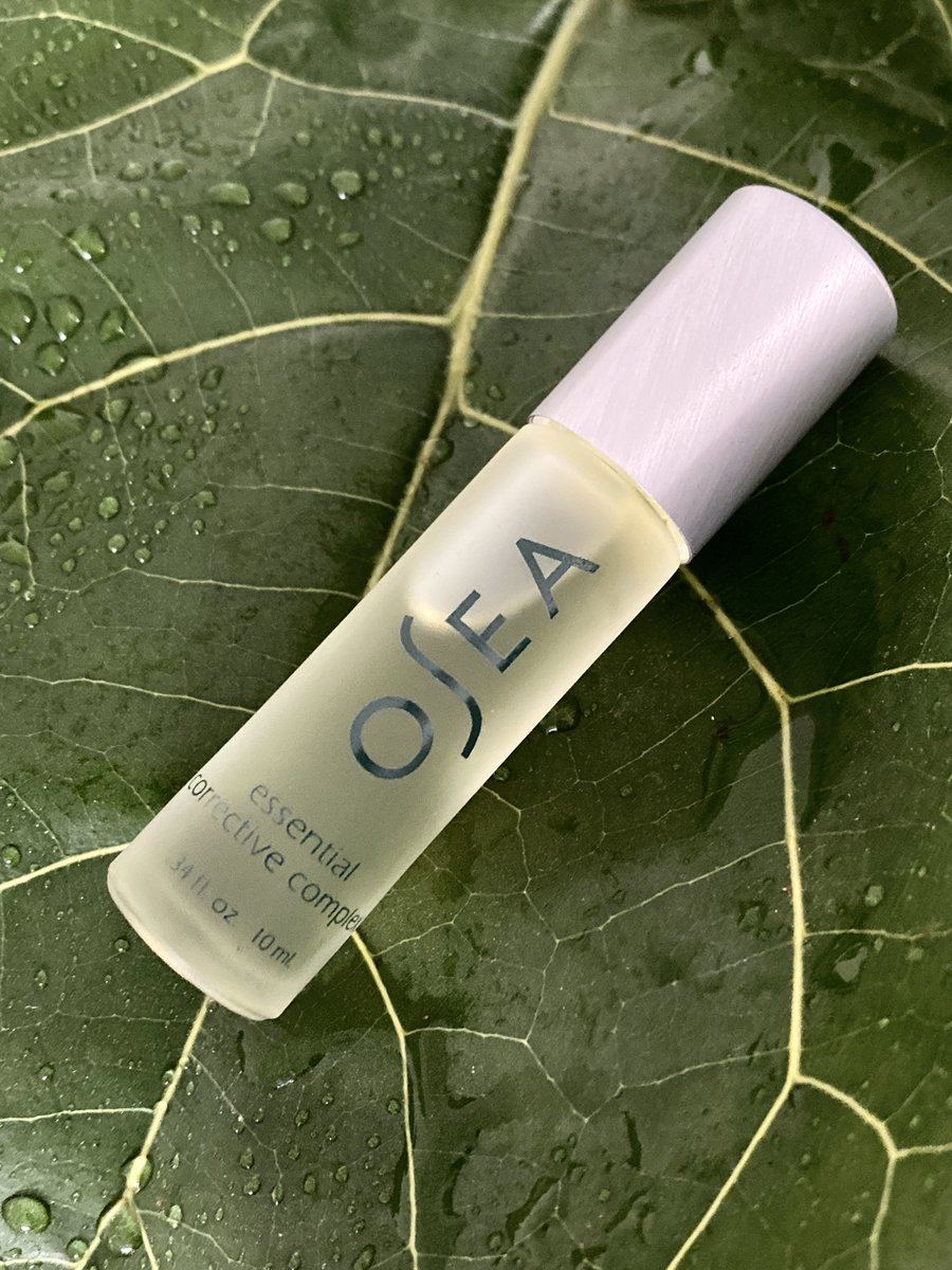 What are the amazing active ingredients that make OSEA Malibu's Essential Corrective Complex so effective at clarifying and balancing your skin?  - Cypress Oil   - Jojoba Seed Oil  - Juniper Leaf Essential Oil  - Rosemary Leaf Oil   - Tea Tree Oil  - White Thyme Essential Oil pic.twitter.com/p5WryUVqmf