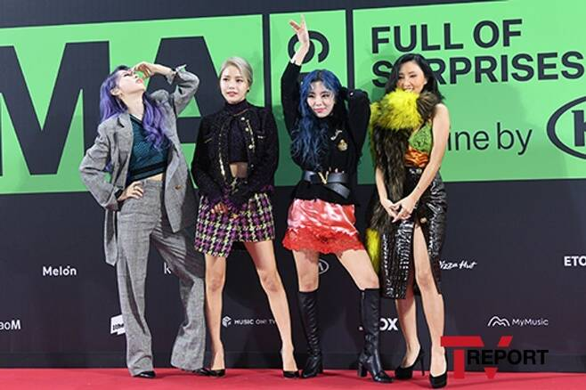#MAMAMOO tops Dec'19 Girl Group Brand Reputation ranking followed by #2 #G_I_DLE #3 #BLACKPINK  #4 #TWICE #5 #RedVelvet https://entertain.v.daum.net/v/20191215092200750… #KoreanUpdates RZ