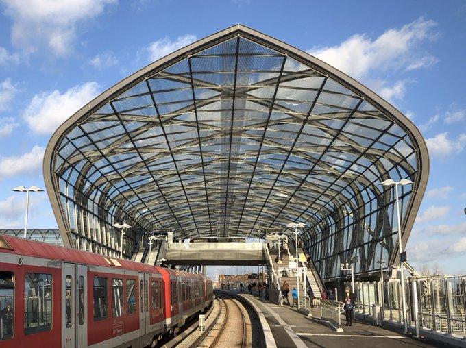 Haltestelle Elbbrücken in Hamburg auch für SBahn eröff