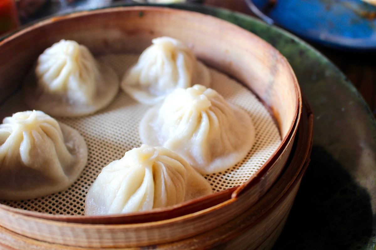 #GetSumDimSum and a plate of dumplings, or two... or three #enterthechow #farmtotable #chinesefood #sundayfunday #dimsum #atxbrunches #eatingatx #keepaustineatin #eeeeeats #eateratx #austinmonthly #theaustinot #dimsumbrunch #atxdimsum #dumplings #atxfoodie #austin360eatspic.twitter.com/rhBfNW6Hba