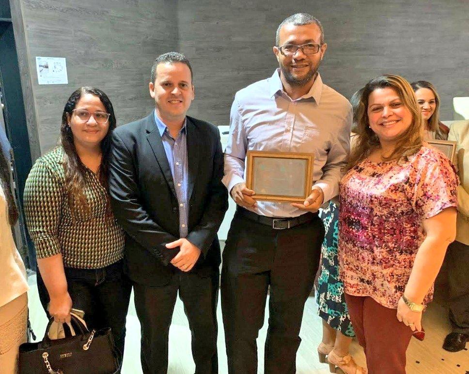 O professor Fábio da unidade plena do IEMA de Bacabeira foi o com o 3º Lugar no Prêmio Sebrae de Educação Empreendedora na categoria Ensino Profissional + pic.twitter.com/nvkQdAjNiH
