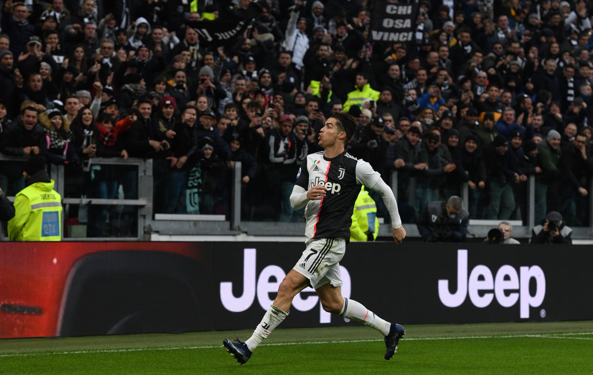 BACK ON TOP  Two goals for @Cristiano   3-1 win over Udinese @juventusfcen top of Serie A #ForzaJuve #FinoAllaFine #Bianconeripic.twitter.com/RbPZNZqrIp