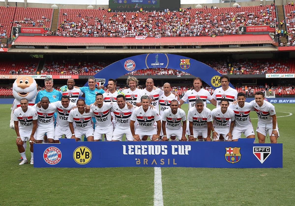 SÃO PAULO CAMPEÃO DA LEGENDS CUP pic.twitter.com/JLQh8jHW52