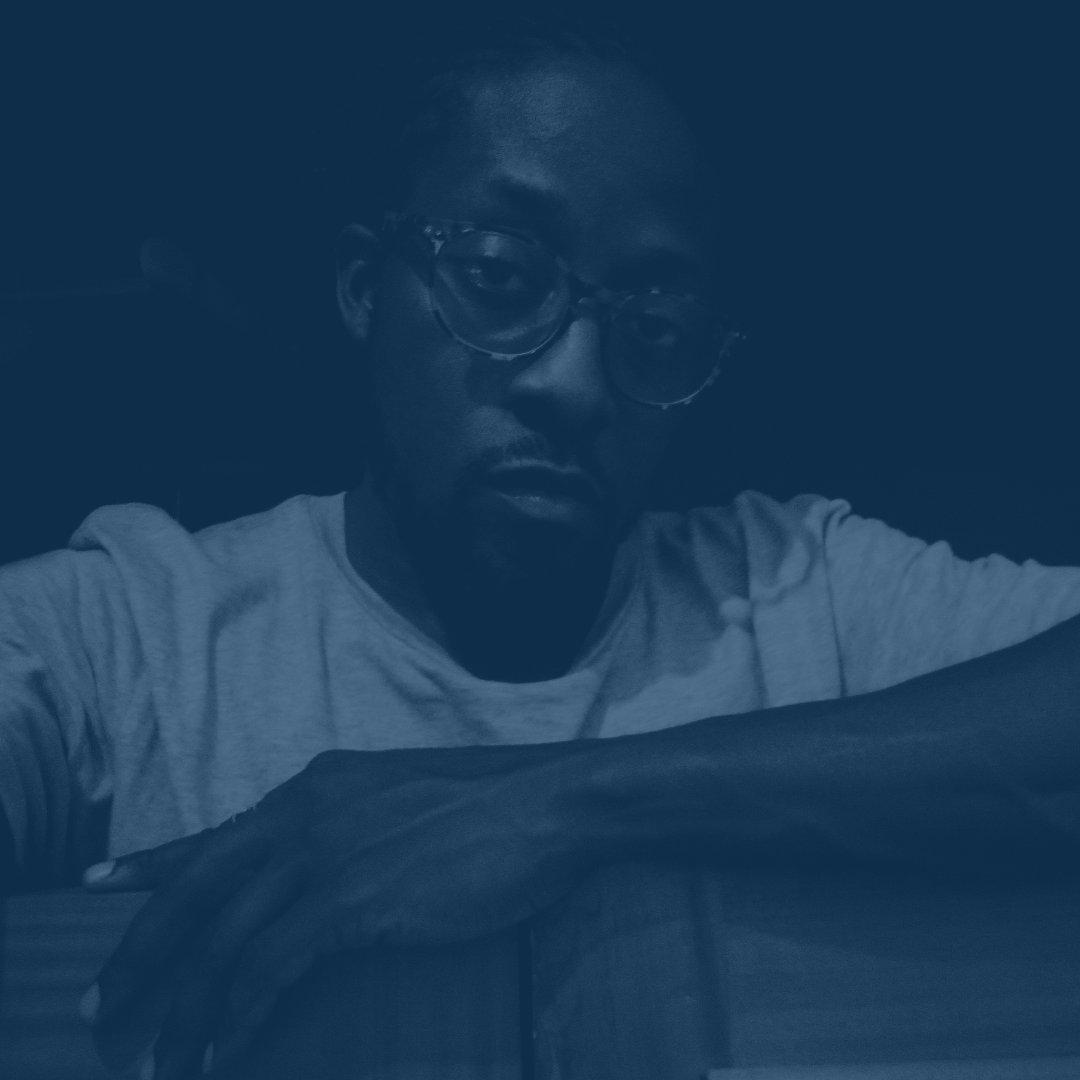 #NewProfilePic - still #blueforsudan! <br>http://pic.twitter.com/zD3EzP699S