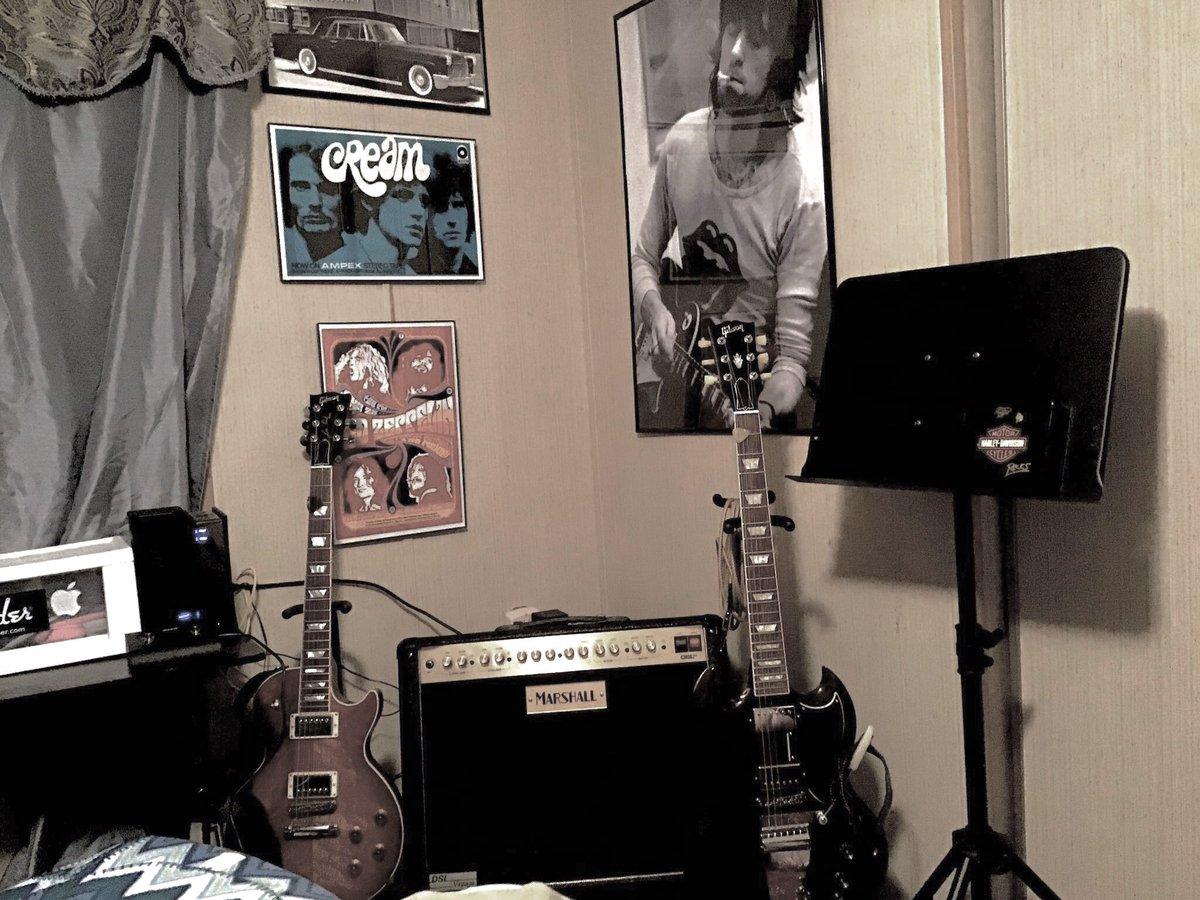 @marshallamps, @JimmyPage, @EricClapton, @gibsonguitar, @RollingStones Thank you for everything.pic.twitter.com/svGcYJAGOm