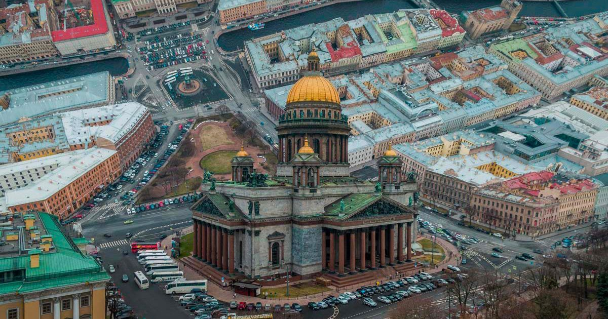 Inception-Style Photos Tilt Russian #Cityscapes at Dramatic Angles  #Photography