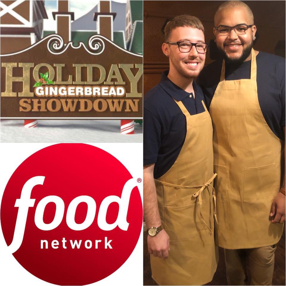 TONIGHT 10PM on @FoodNetwork #HolidayGingerbreadShowdown <br>http://pic.twitter.com/zKGiwbK9FK