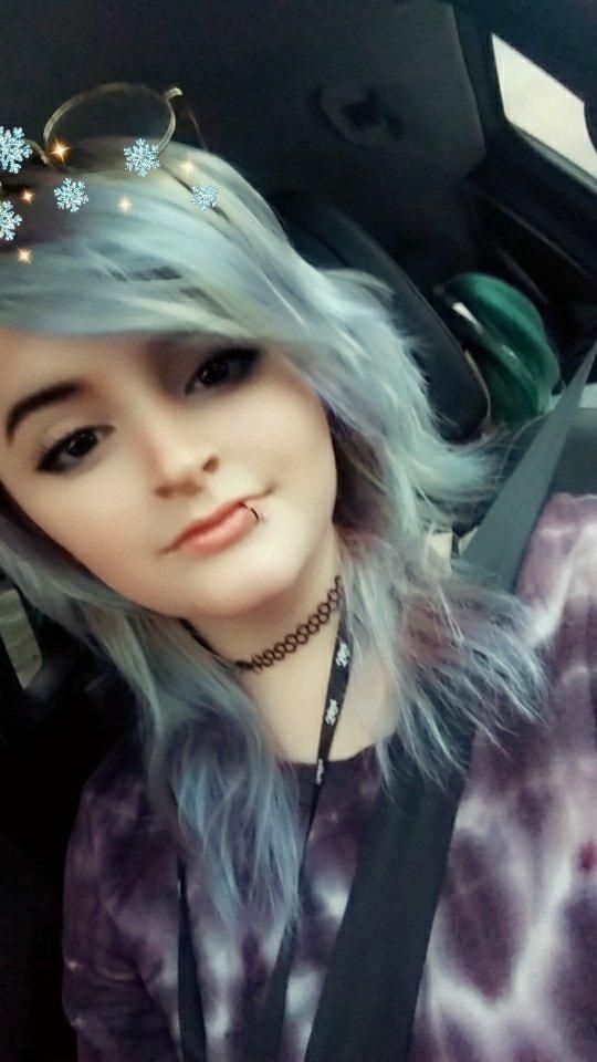I dyed my hair recently #emo #scene #alternative #dyedhair #piercings #bluehair #purplehair #alternativepic.twitter.com/joFr1E5AXE