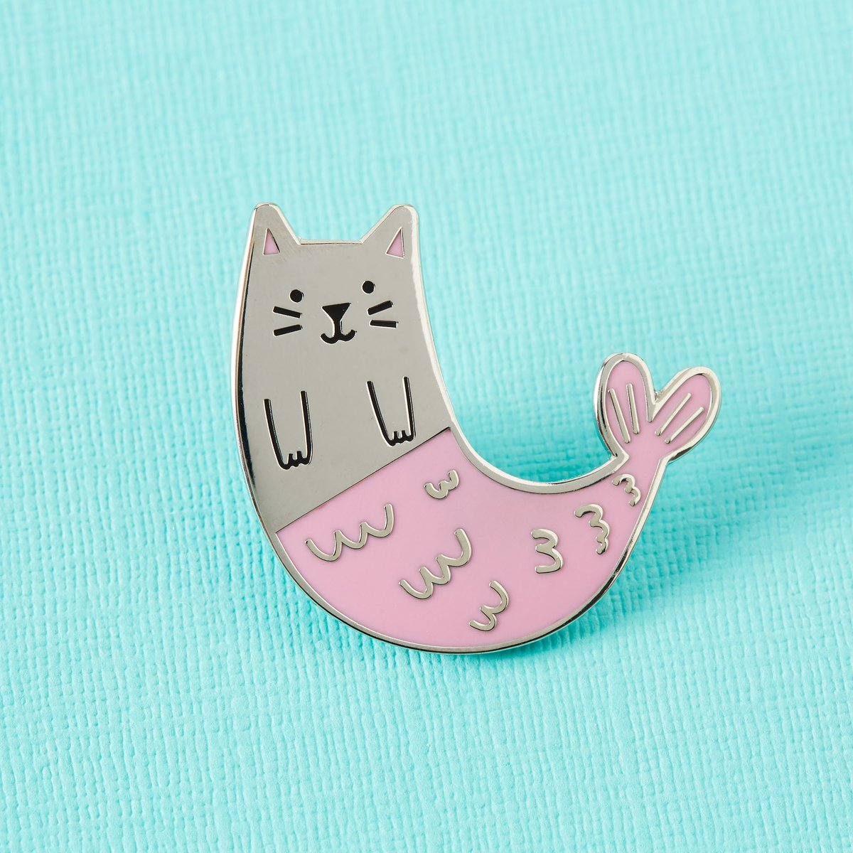 What could be better than a kitty? A mystical Merkitty.  RT with an emoji if your cat would look cute AF with a cosy knitted mermaid tail. http://bit.ly/PP_PurrmaidPin   #enamelpins #catlady #catlovers pic.twitter.com/zbm7j8gZPc