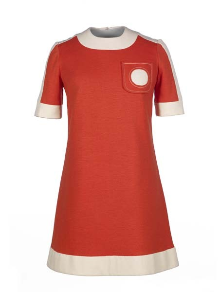 FASHION:60s  Mary Quant dress,simple in design but a statement of the swinging sixties....1966  The Museum of London pic.twitter.com/sGd8lS2xYI