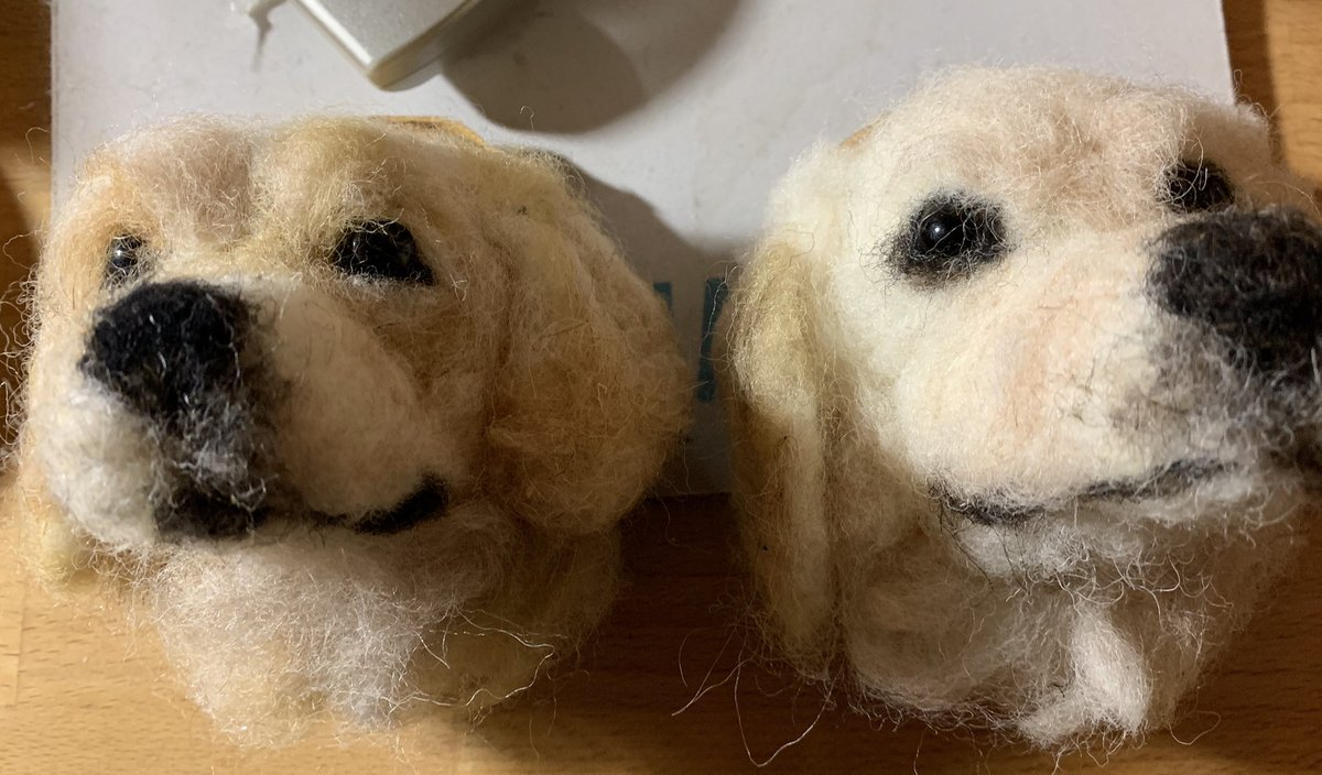 Hello! Another felting weekend for me - made these golden retriever heads pic.twitter.com/zQqtiAFYvD