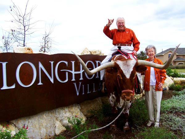 Meet the world's oldest living couple http://www.msn.com/en-ph/news/world/she-s-105-he-s-106-the-world-s-oldest-living-couple-celebrates-80-years-of-marriage/ar-AAK98YS?ocid=ob-tw-enph-501…pic.twitter.com/XDg3i1bKB6