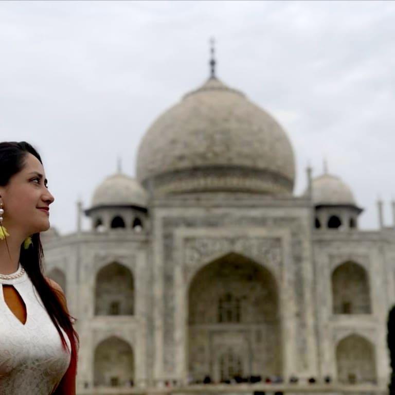 Finalmente llegó el día que conocería el famoso Mausoleo; construido en la ciudad de Agra, por una sola razón.#AMORaquí te cuento porque http://planetalaboratorio.com/2019/12/15/taj-mahal/… . . . . #alldayttavel #amoviajar #aroundtheworldpix #awesome_earthpix pic.twitter.com/W983zRFeQX