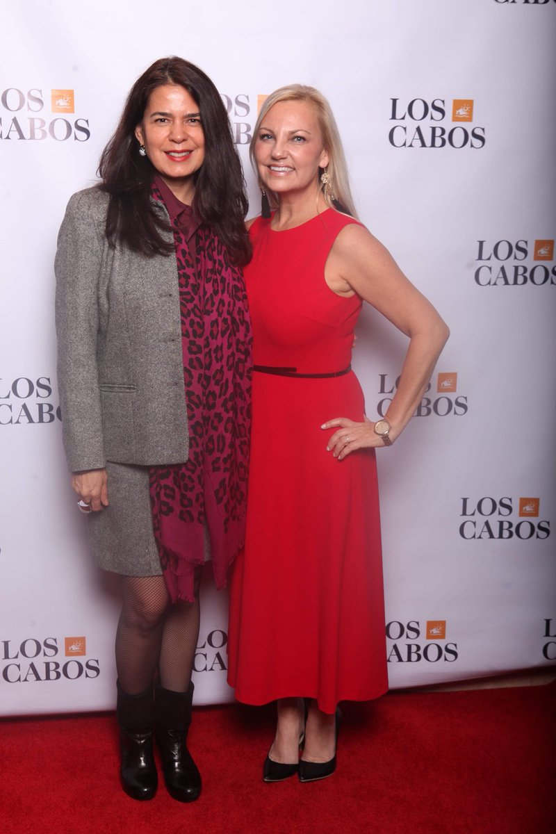 Los Cabos Tourism w/ Cónsul General of Mexico Marcela Celorio and Consul of Political and Tourism Affairs, Sandra Lopez, friends, hotel & airline partners, media, managers, producers, publicists, actors & more at our 1st annual Los Cabos holiday party in LA. #loscabospic.twitter.com/CIpPX0xc2B