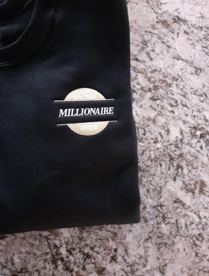 For all my Real Estate Agents, Contractors, Landlords, Builders, Wholesalers, Syndicators, Assistants, & Investors....  Speak it into Existence -   *MILLIONAIRE REAL ESTATE INVESTOR* T-Shirts - $30 Sweater - $40 Hoodie - $50   #Goalspic.twitter.com/nVy5OTKES8