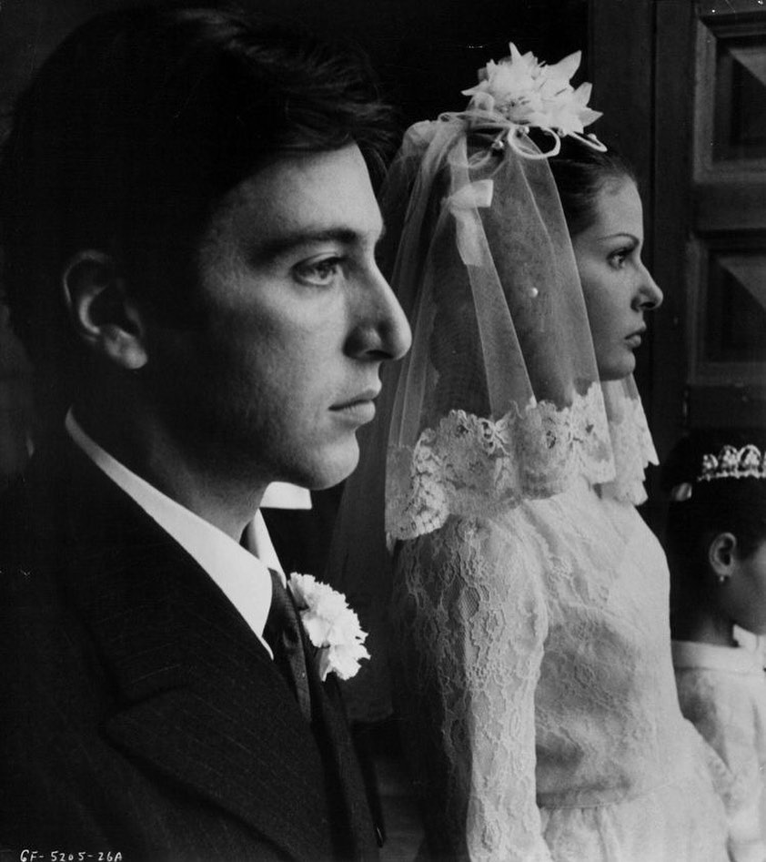 "Al Pacino and Simonetta Stefanelli in a publicity still for The Godfather, 1972. Stefanelli later summed up her role as Apollonia with the following statement: ""I met him, I married him, I died"". #alpacino #oldhollywood  https://www.instagram.com/p/B6HAxcJH55l/?igshid=1d7vztv2iscle …pic.twitter.com/mFENjR92H9"