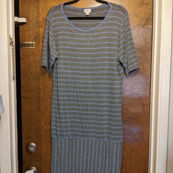 Purple and Grey LLR Julia Dress - 3XL previously worn and in excellent condition! https://buff.ly/2thFC5H #bechunkyandfunky #plussize #bigandtall #bodypositivity #plussizefashion #plusstyle #shopping #linkinbiopic.twitter.com/j8bHjBwafJ