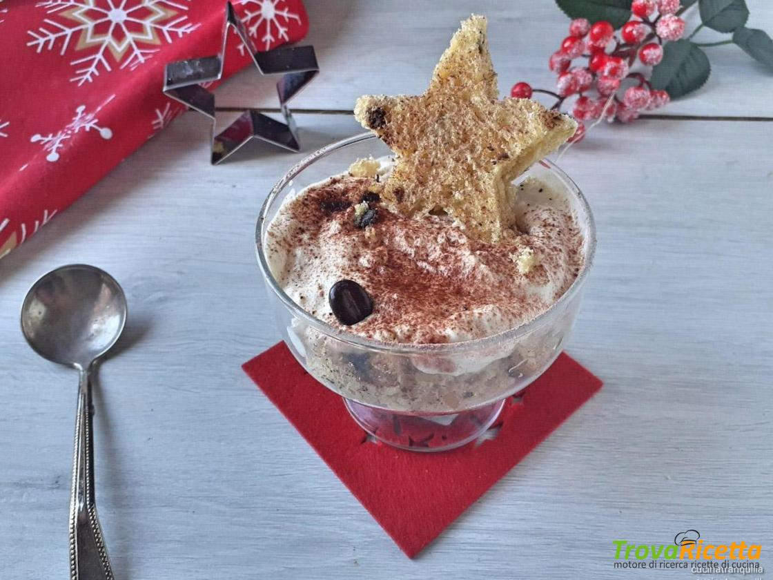 Coppa di panettone e crema al torrone Ricetta di @emanuelapelusi qui:   #ricette #food #foodblog #cucina #cucinaitaliana