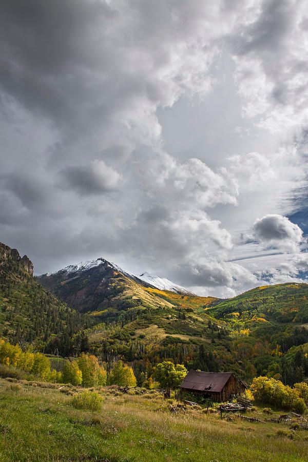 Art for the Eyes! https://buff.ly/2wv7CDe #colorado #sanjuanmountains #fall #autumn #scenic #rural #photographylovers #naturelovers #artworkpic.twitter.com/m2t5STTize