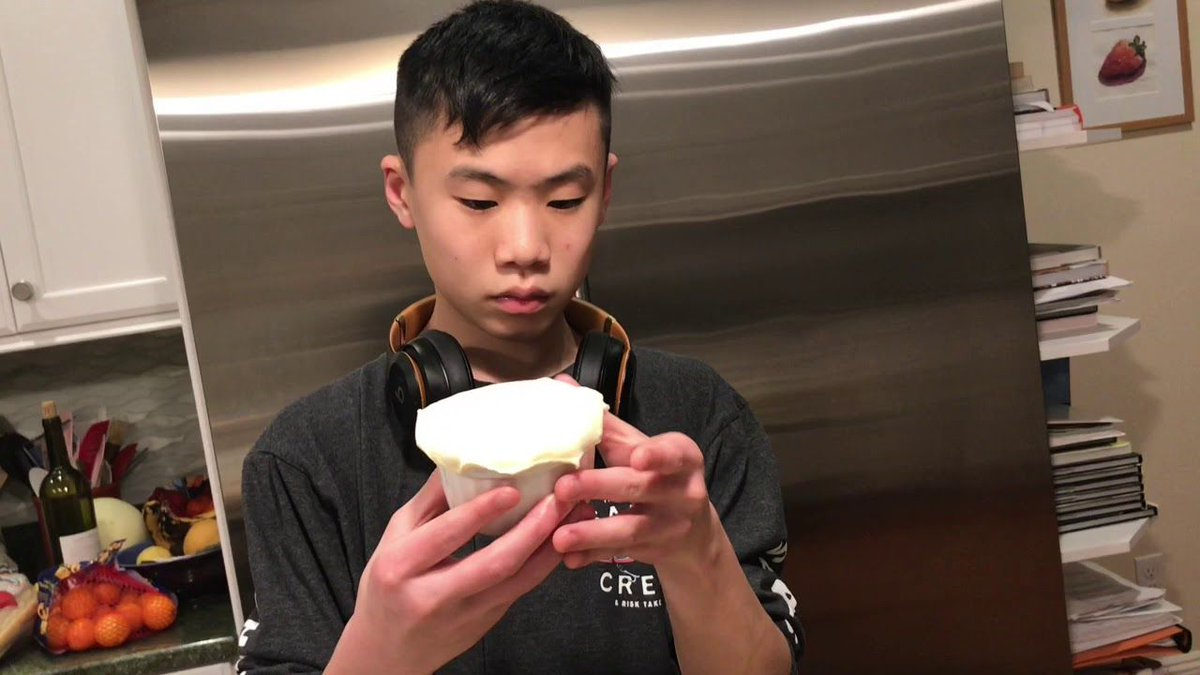 {video} Tai Tai makes Turkey Potpie with Thanksgiving Leftovers. It's easy and delicious! He's 15 years old.  https://t.co/8jOcFg0cLO via @pragmaticmom #ThanksgivingLeftovers #potpie #cooking https://t.co/xKeQbjFqAx