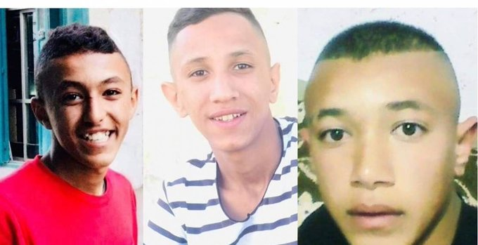 In a wide-scale raiding campaign, Israeli occupation forces kidnapped these three Palestinian children, two of whom are brothers, from their homes at al-Arroub refugee camp, in the southern West Bank, last night.  #Palestine pic.twitter.com/NCbIGvPull