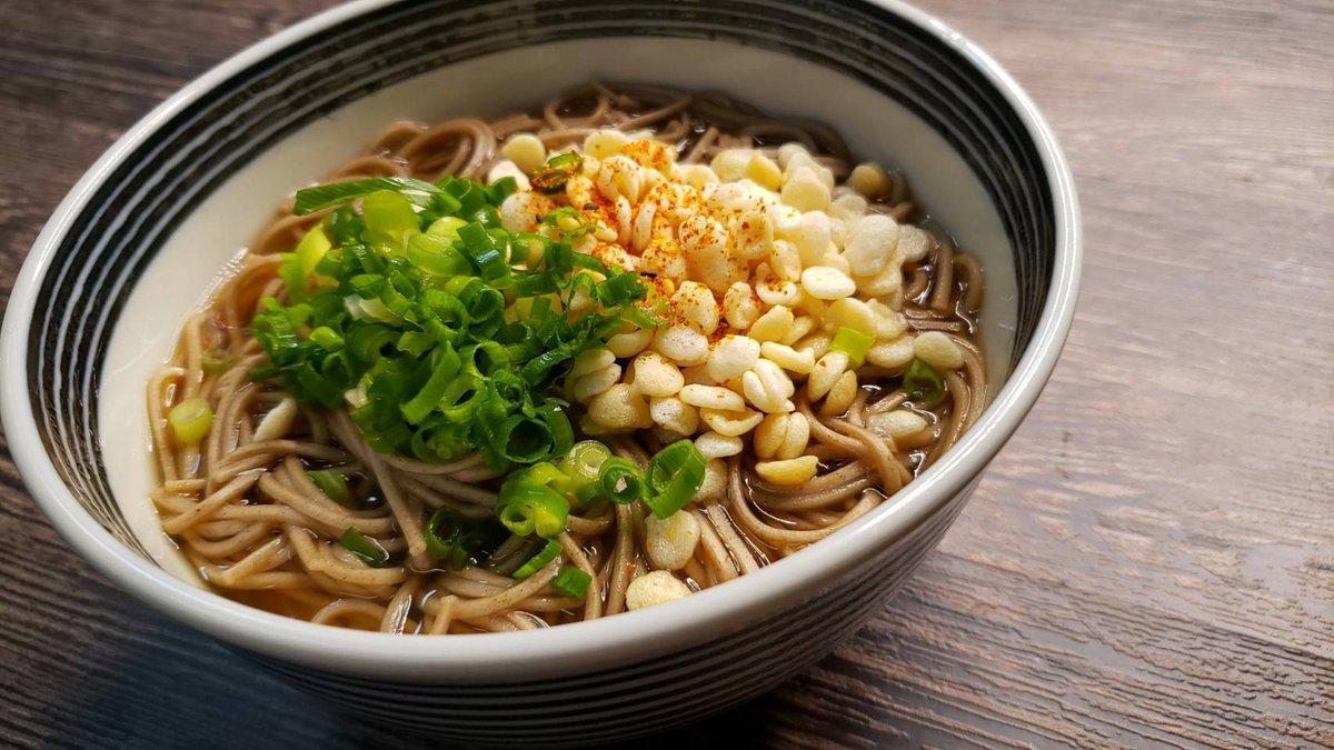 『ウーロン茶そば』烏龍茶で蕎麦つゆ作るととても香り高く上品で旨い蕎麦になるんです