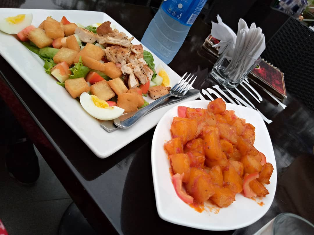 Good meal on a Monday is recipe for a good week. Get that good meal vibe at La Mango today and set out for a great week. Send in a DM or call  08185928121 to get your preferred meal. pic.twitter.com/EFzTUY34Mw