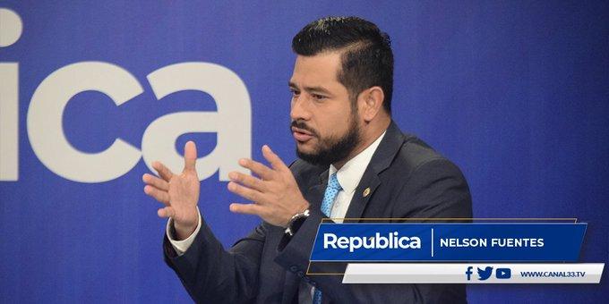 Ministro de Hacienda: No hay base legal para bono a trabajadores de Fosalud