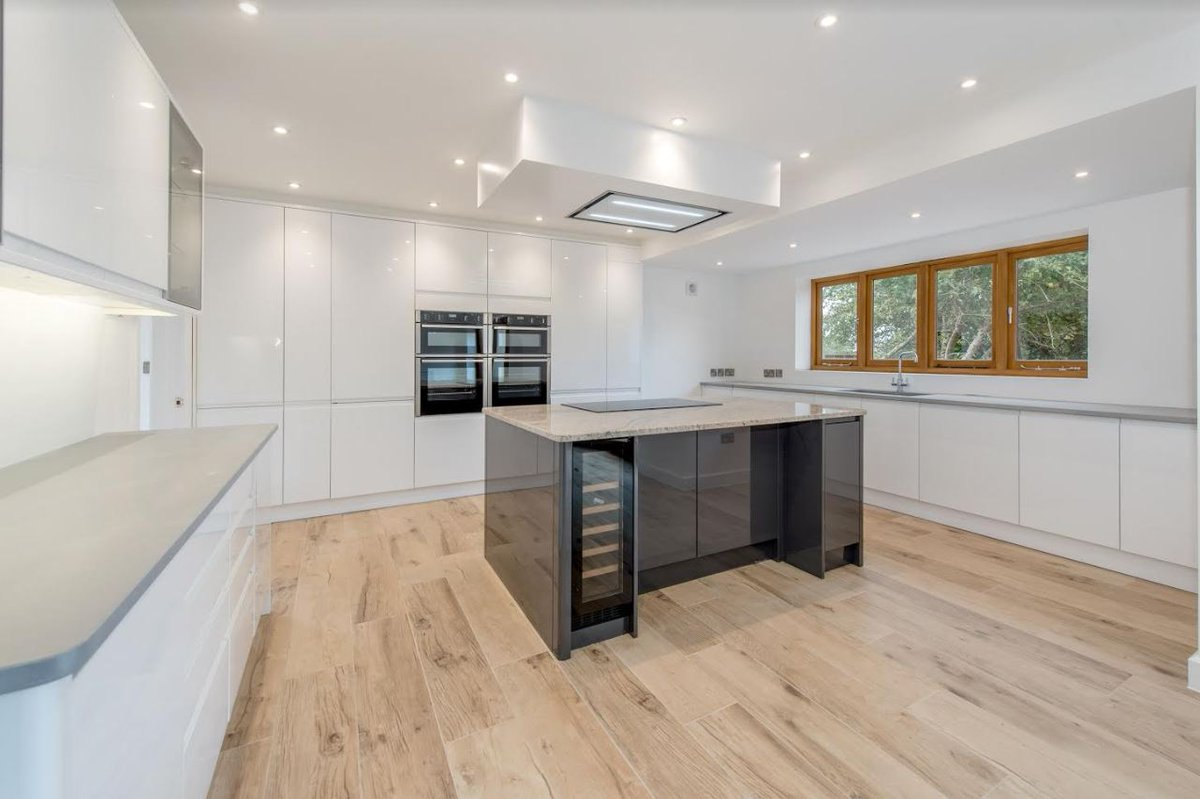 Benchmarx Kitchens Joinery On Twitter This Beautiful And Modern Holborn Gloss White Grey Kitchen Is A Perfect Entertaining Space Especially During The Festive Season Fitted By Wrencon Ltd Well Done