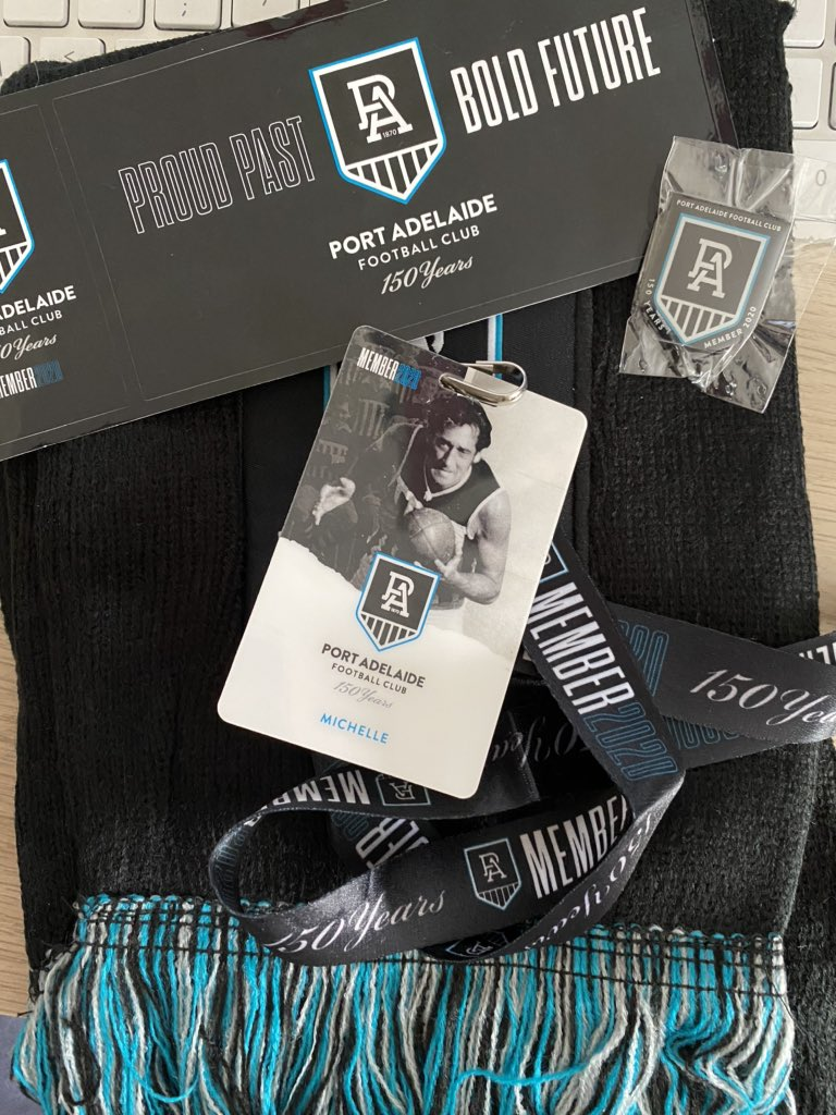 @PAFC membership kit arrived today. @jvcahill40 card  love the pin and scarf. Bring on 2020 #150thYear. pic.twitter.com/aHyeHuvoHf