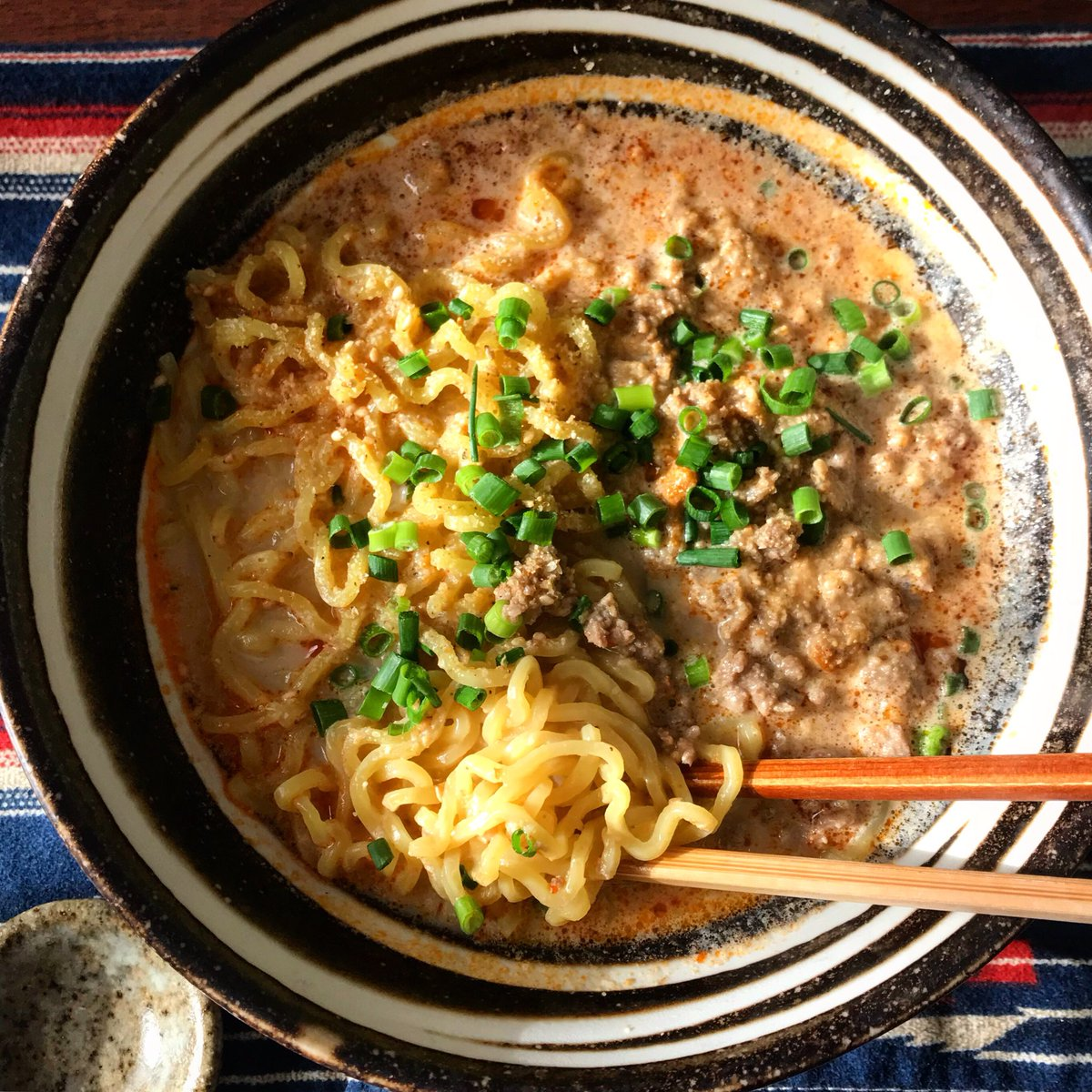 【練りゴマ不要!担々麺】うどんで作っても美味しいし、豆板醤抜けばお子様でも!