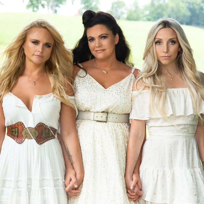 #MIRANDALAMBERT AND TRIO #PISTOLANNIES NAMED TO MULTIPLE YEAR'S AND DECADE'S BEST LISTS  #Promote #Now your Music, #Artists, #Events, #Video,  #Concerts, #Company at #Country #Music #News #International #Magazine & #Radio #Show