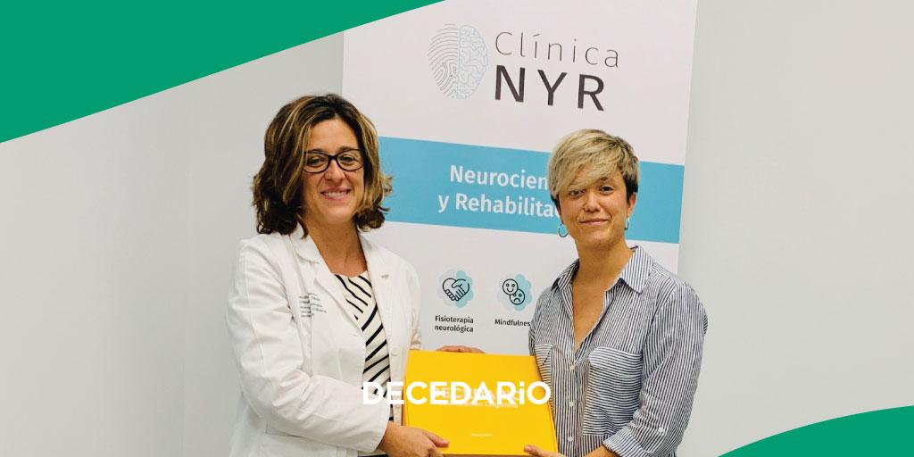 🗣 Os anunciamos que la Clínica NyR trabajará a partir de ahora con su #Decedario para la rehabilitación cognitiva y funcional de sus pacientes 😊 ¡Así da gusto empezar el puente!   #AbrazatuReto #EstimulaciónCognitiva #neurología #neuropsicología #neuro #rehabilitación