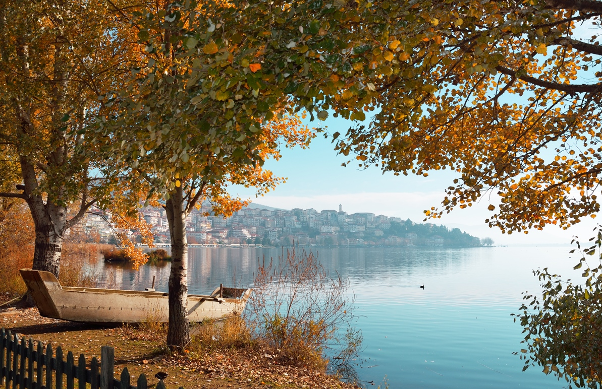 Good morning from Kastoria. #VisitGreece #ttot #travel<br>http://pic.twitter.com/mo5wKFOtte