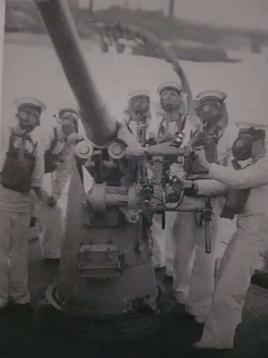 1939, The gunnery practice onboard PRESIDENT enabled the division to man the armament of four C class cruisers which had been converted for Anti-Aircraft duties with the fleet. After the 38 refit, president had new A.A guns and an H.A/L.A director in the bridge structure.