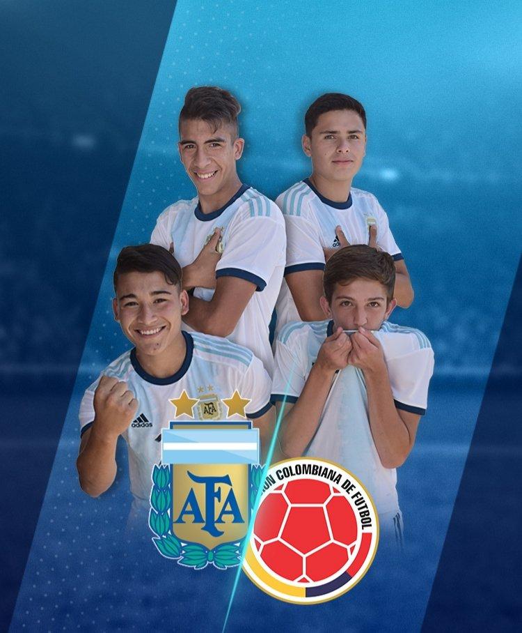 🇦🇷 Día de partido 🇦🇷  🏆 Sudamericano Sub 15 ⚽ @Argentina - @FCFSeleccionCol ⌚ 18.00 🏟 Estadio General Adrián Jara 📺 Facebook de Conmebol  📝 https://t.co/4XXELxUiLo https://t.co/phjvZFflDm