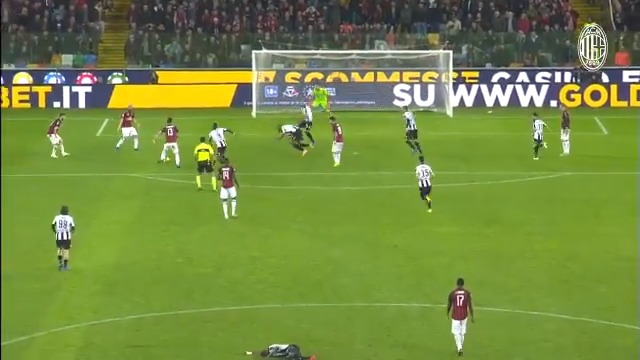 """When everything seems lost, they come to the rescue: here's our last-minute heroes collection ⌛  """"Partita finisce quando arbitro fischia..."""" ⌛  #SempreMilan"""