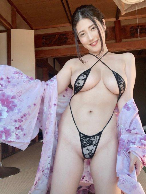 グラビアアイドル草野綾のTwitter自撮りエロ画像8