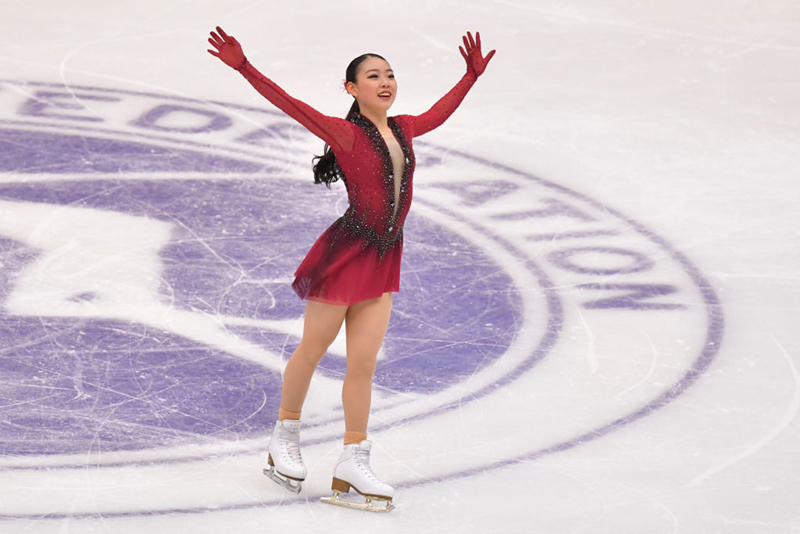 The way we see it, #RikaKihira's short program this season is a work of art.   So intricate, so detailed – and so masterfully performed.   And she's exquisite in her new dress – and came to NHK Trophy all guns blazing, a triple Axel atop of that.   https:// cutt.ly/te8dTNm     <br>http://pic.twitter.com/r3ei9qppmR
