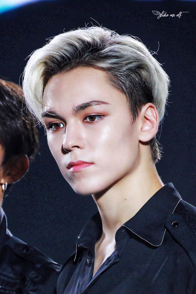 vernon can wear a whole trashbag and the ugliest hairstyle and still rock it while going viral. yall just hate to admit that he has been sculpted by god himself. PERIODT. <br>http://pic.twitter.com/R8nJJuXstq