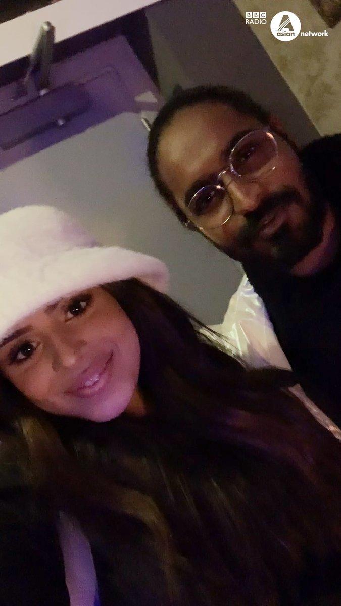#FutureSounds 2019 artist @thecelinasharma takes us backstage with @emiway_bantai at the @BritAsiaTV Music Awards! 🎤✨ #BAMU18