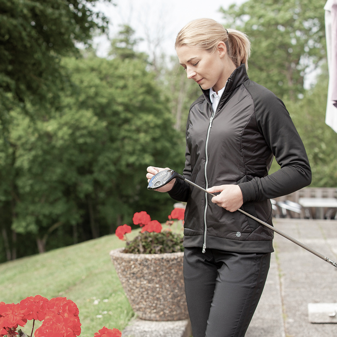 LINDA - a windproof jacket with PRIMALOFT™ padding for extra warmth. For more info ☞ ow.ly/cPIg50xsmoG