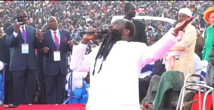 Elijah the end time and the Mightiest Prophet of the LORD is walking the Earth. Cripples are walking, blind are seeing, deaf ears opened, paralytics can support themselves, leprosy cleansed, etc #ThursdayMotivation <br>http://pic.twitter.com/JVLiiyauEp