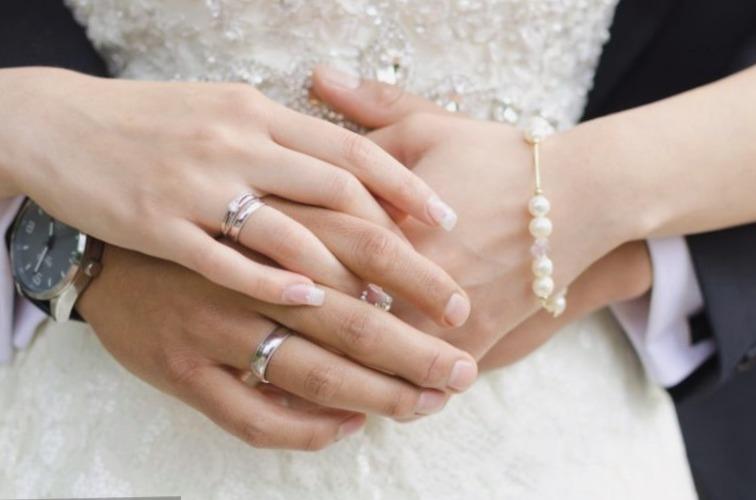 Aquí  🔀🔀🔀💍 Anillos de Boda de Oro Blanco Para Hombre #boda #anillosdeboda #amor https://anillosdebodaweb.com/oro-blanco-para-hombre/… ↙↙↙💗😃😃😃💍 Los anillos de boda de oro blanco para hombre son especiales para resaltar el espíritu innovador, ..