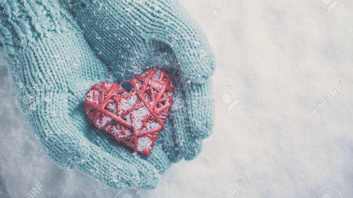 Thursday Friendly Reminder...Carry a thankful heart wherever you go 💖🙌 #ThankfulThursday #ThursdayThoughts #tistheseason