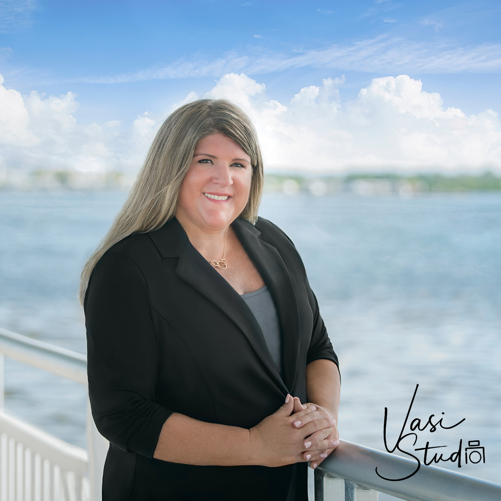 A modern, professional headshot is priceless! You're not cut out for it? NOW is the time to make the right impression and cut through the competition. #VasiStudio #PalmBeachGardens #PalmBeach #WestPalmBeach #Stuart #Jupiter #Florida #Tequesta #BusinessPortrait  Call: 561-307-9875