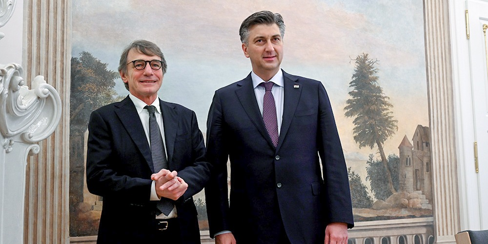 Our best wishes to Croatia and PM @AndrejPlenkovic for the challenges ahead #EU2020HR. We need an ambitious EU budget that allows us to tackle the climate crisis, protect jobs and transform our economies. The @Europarl_EN will only approve a budget that makes Europe stronger.